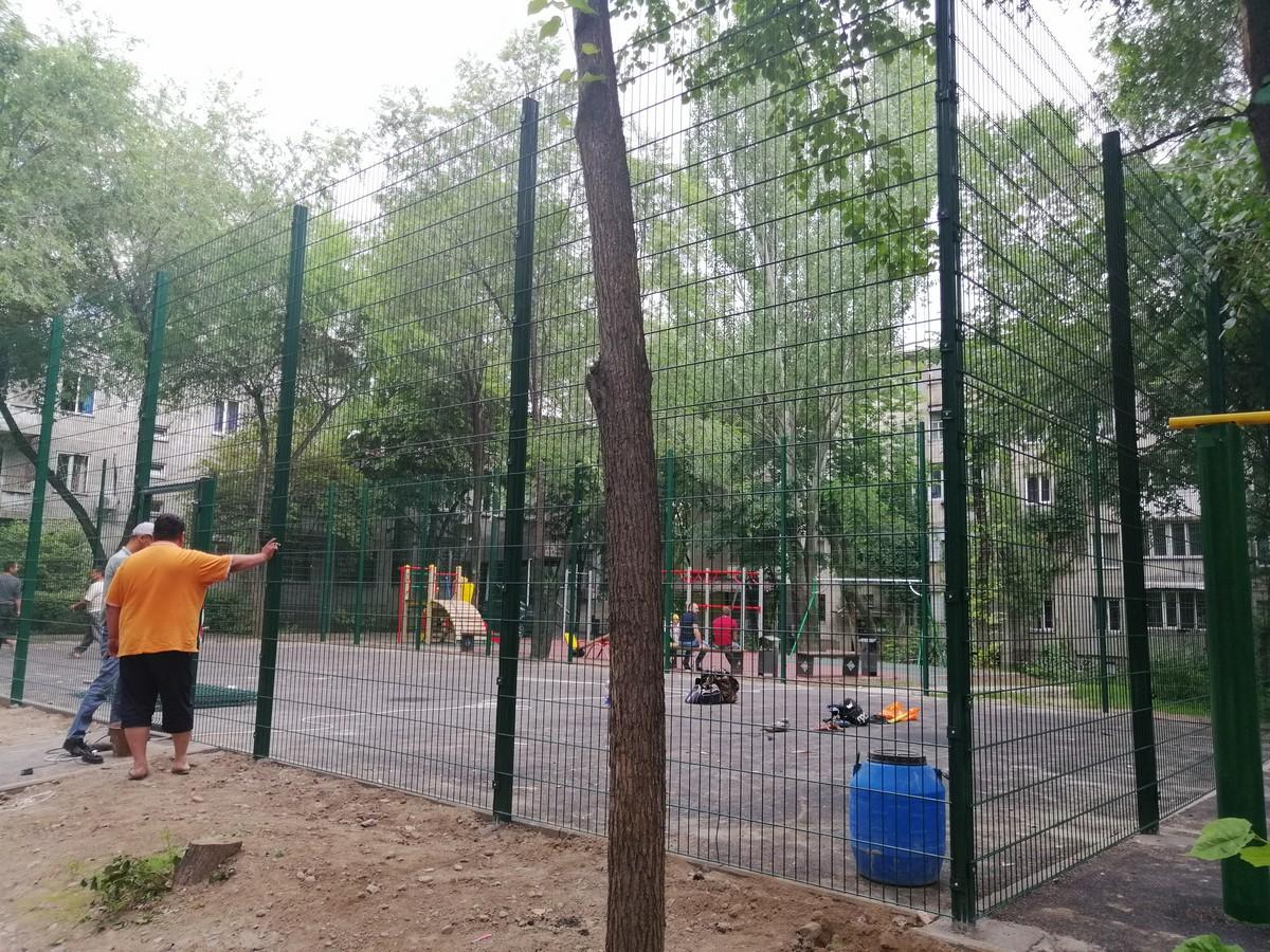 Три спортивные площадки для Акимата Ауезовского района г. Алматы